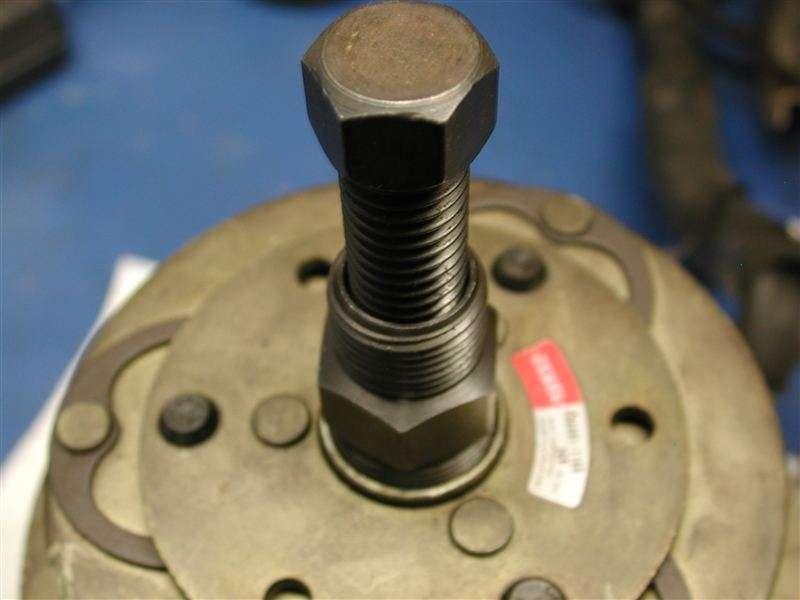 AC Compressor Clutch Replacement (56k Beware) - Nissan